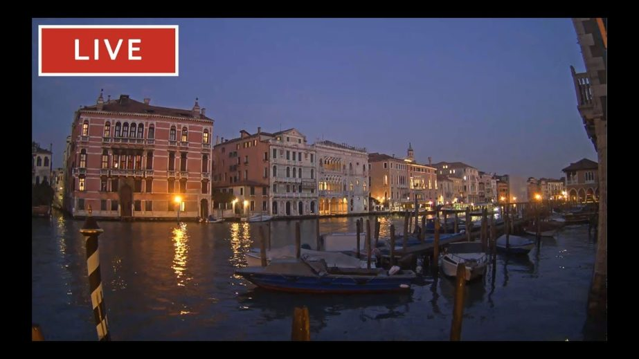 Hotel on the Canal Grande in Venice Live cam – Italy 🇮🇹