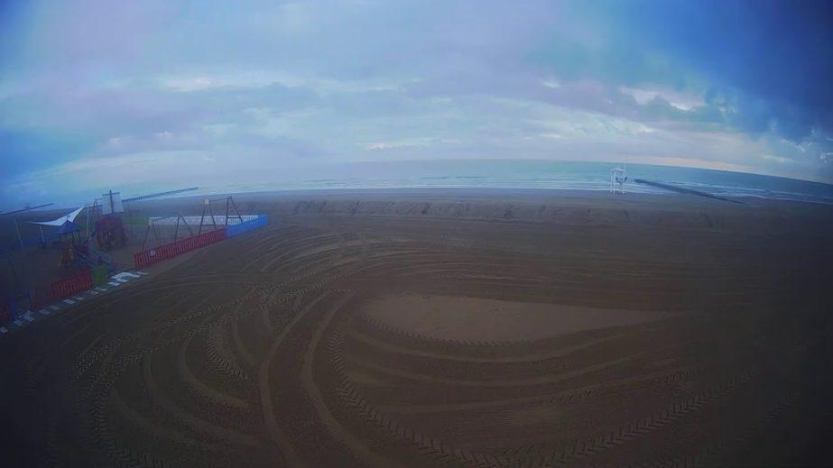 Live Cam Italy, Jesolo Green Beach Webcam 2. 25