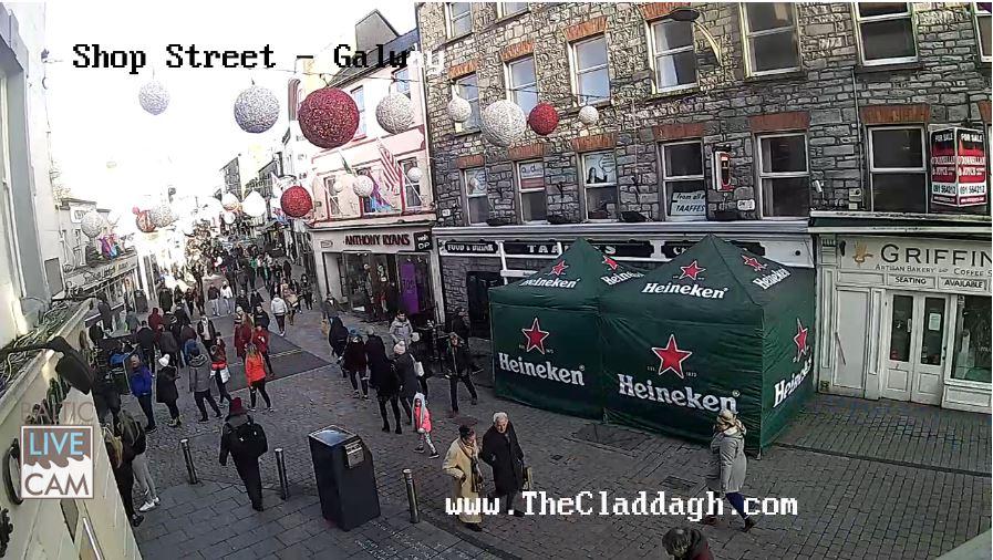 Live Cam Galway City, Shop Street, Ireland 18