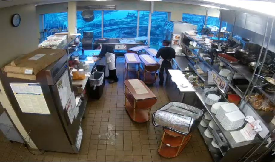 Live Cam USA, Dauphin's Kitchen, Mobile, AL 21