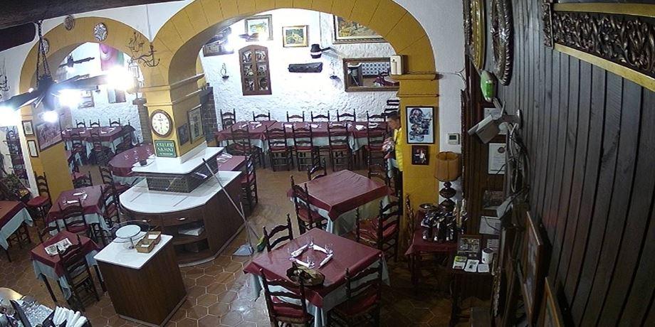 Live Cam Mallorca, Pizzeria Celler Sa Sini, Spain 17