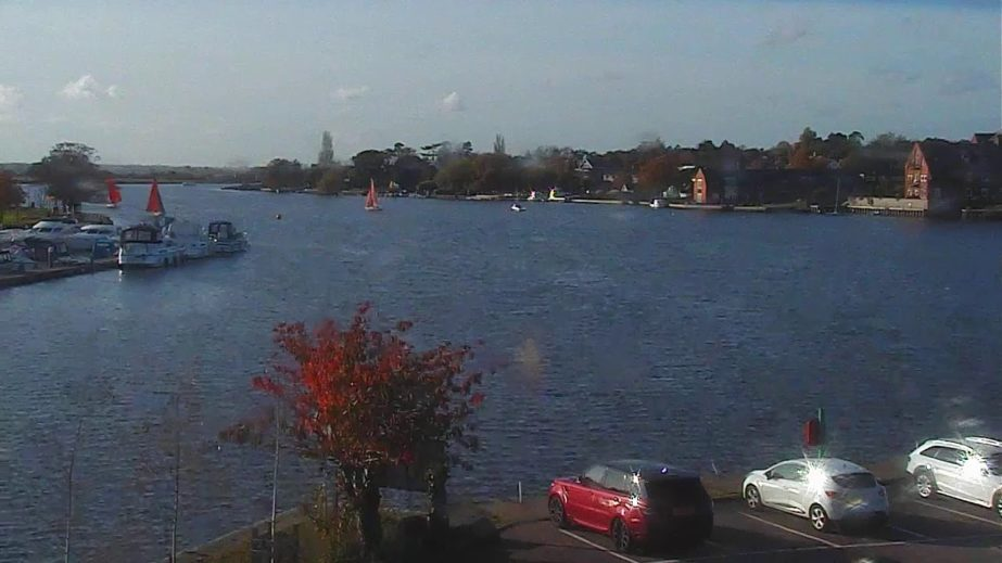 Live Cam England, Oulton Broad Wherry Hotel, Norfork 21