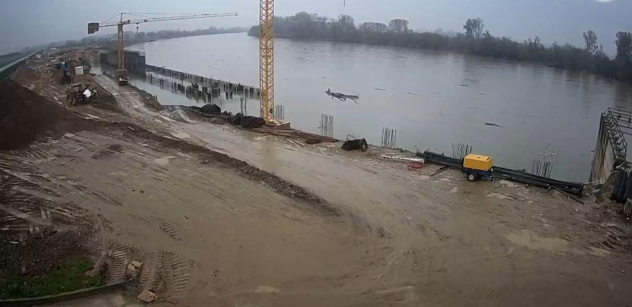 Live Cam Croatia, Port Construction, Slavonski Brod 11