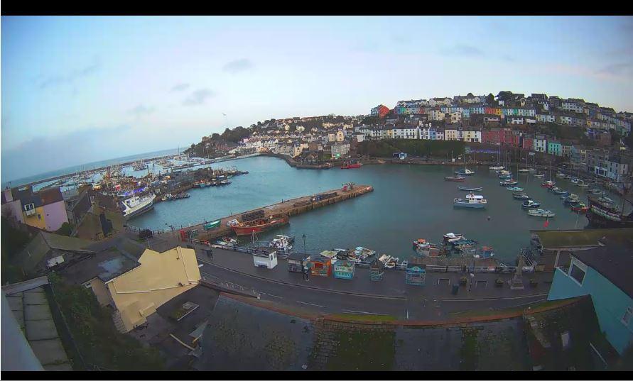 Live Cam Brixham Harbour, Devon Webcam 14