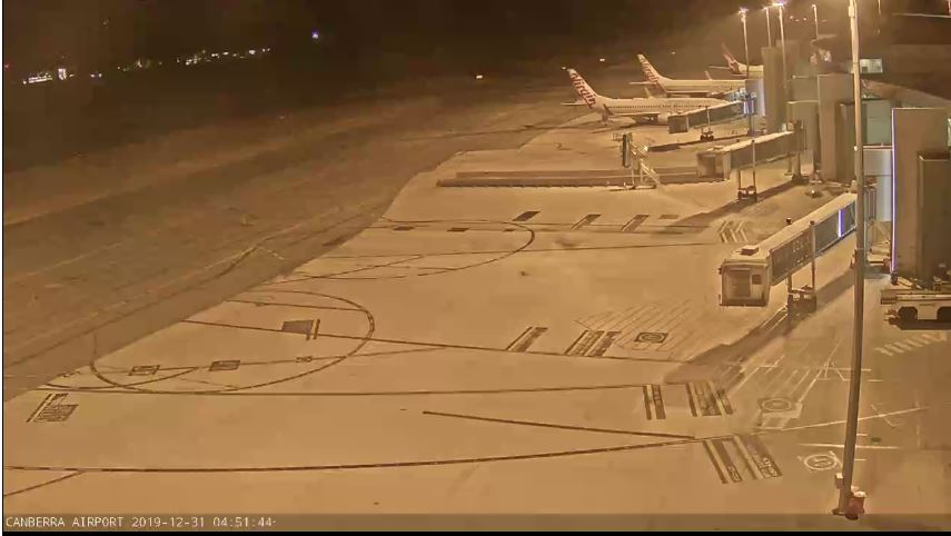 canberra airport live cam