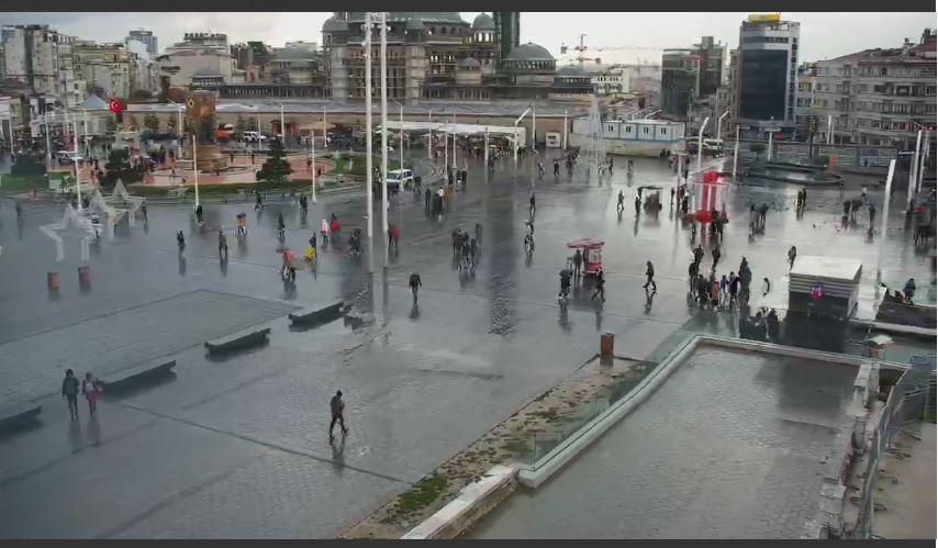taskim square live cam istanbul