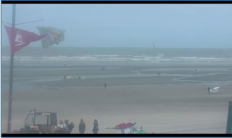 Oostduinkerke Beach Live Webcam