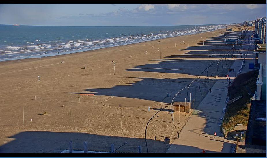 De Panne Beach Live Webcam, Leopold I , Belgium